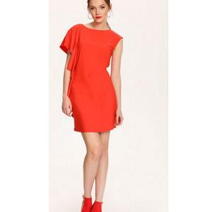 Γυναικείο φόρεμα με βολάν