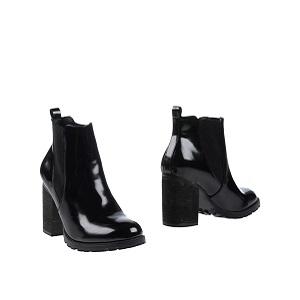Chunky-Heel Boots STEVE MADDEN