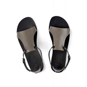 Trapezoid grey sandals