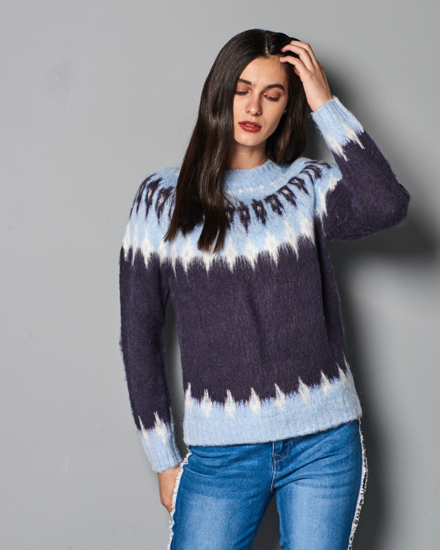 Night Sky with Snow White and Cashmere Blue by Vero Moda