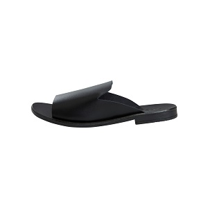 Pemomma Leather Sandal by Pieces