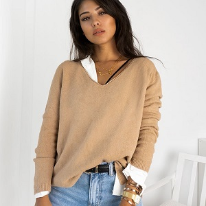 BEIGE BASIC KNITTED BLOUSE