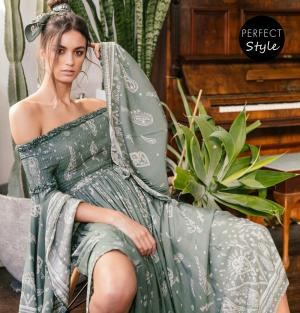 ultimate bohemian chic off shoulder φόρεμα Constance