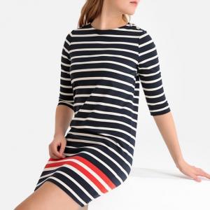 Μακρυμάνικο κοντό φόρεμα σε ίσια γραμμή