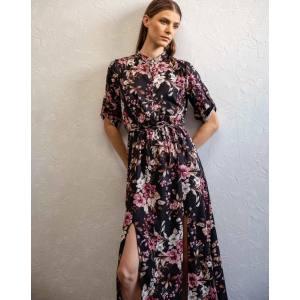 Φλοράλ φόρεμα με ανοίγματα